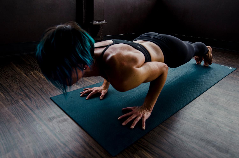 calisthenics edzés budapest work out edzésterv erősító edzésterv nőknek